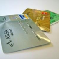 A dombornyomott bankkártya előnyei
